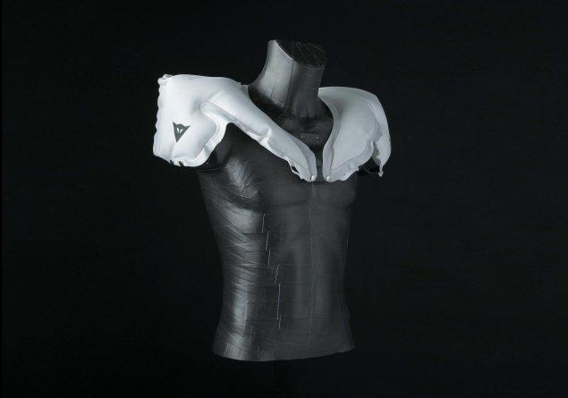Dainese-D-Air-Race-airbag-suit