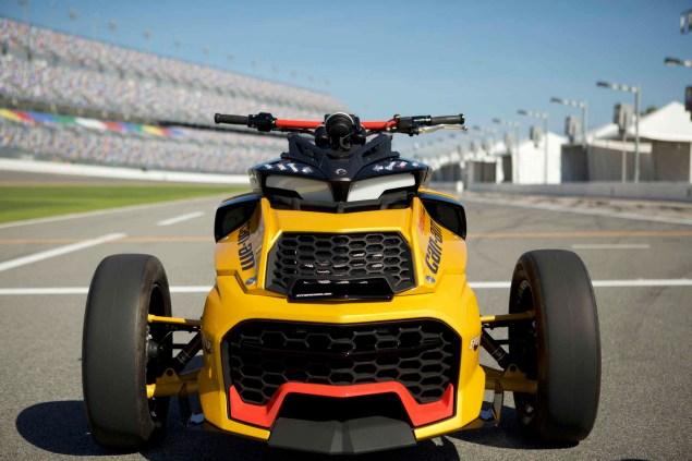 Turbocharged Can-Am Spyder F3 Concept - Asphalt & Rubber