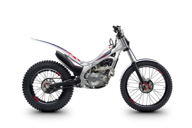 2017-Montesa-Cota-4RT260-11