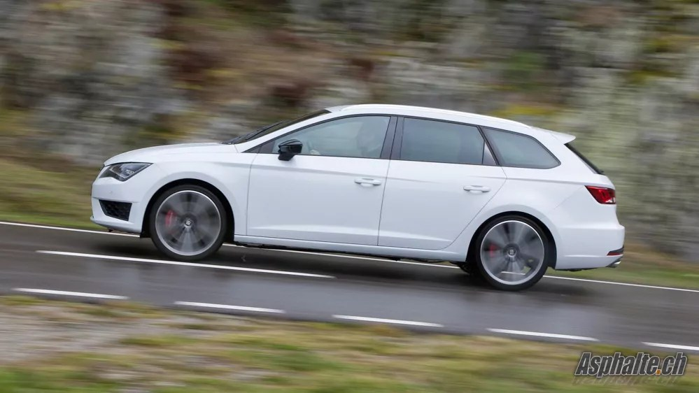 seat leon cupra st test review share this car. Black Bedroom Furniture Sets. Home Design Ideas