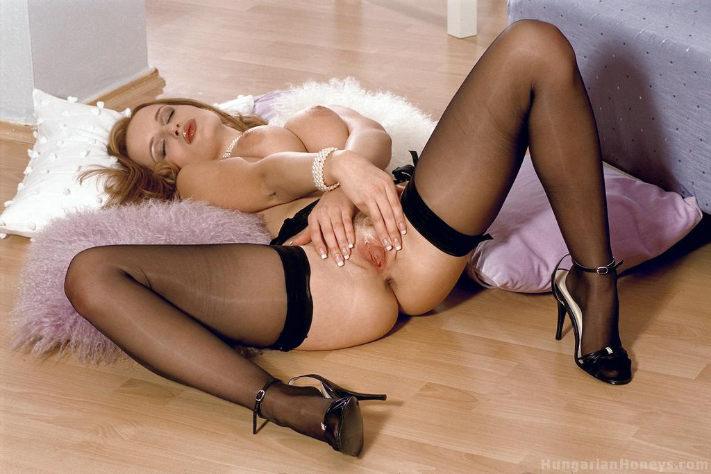 Special Grabbed her pantyhose pussy apologise, but