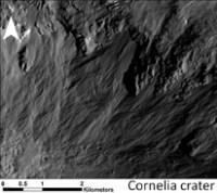 Vesta gullies closeup