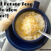 Baked Potato Soup {in the slow cooker!}