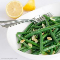 Green bean salad, with toasted almonds