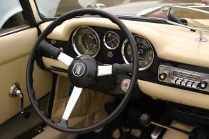 Intérieur Fiat - Garage de voitures de collection à Civrieux