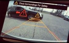 Υποχρεωτικές οι κάμερες οπισθοπορείας στα αυτοκίνητα
