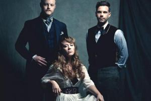 Interview with Zach Williams of The Lone Bellow, Playing PARKLIFE on 9/7