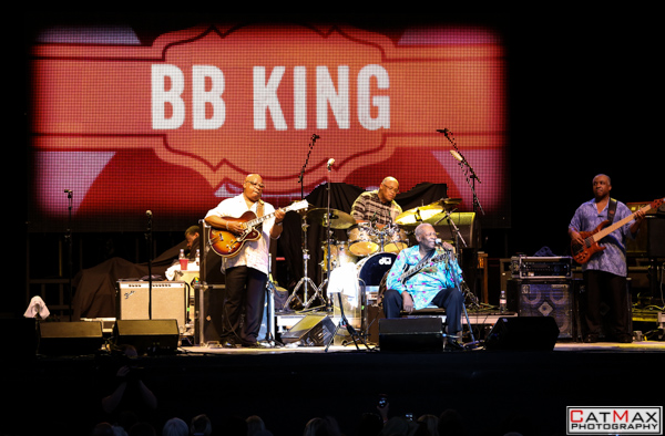 CatMax Photography – BB King – Peter Frampton – Verizon Wireless – GA-7782