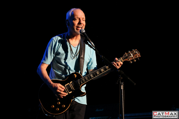 CatMax Photography – BB King – Peter Frampton – Verizon Wireless – GA-7974