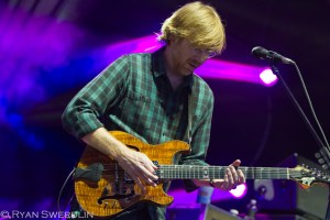 Picture Book: Phish @ Aaron's Amphitheatre at Lakewood August 25