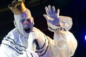 Photobook: Puddles Pity Party @ Smith's Olde Bar on 7/16