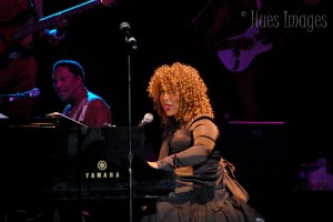 Live Review & Picture Book: Roberta Flack & Peabo Bryson @ Frederick Brown Ampitheatre June 22nd