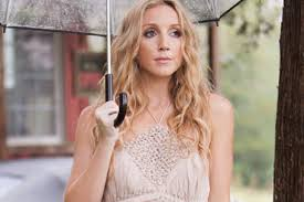 Interview with Ashley Monroe; Playing Rome River Jam 5/18