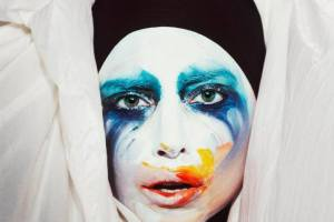 "Lady Gaga Debuts Music Video for ""Applause"""