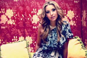 Q&A With Molly Hunt; Playing Eddie's Attic, Jan. 6th