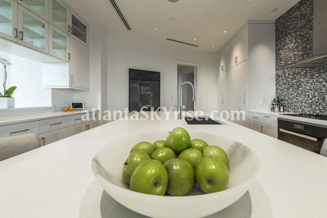 Mandarin Oriental Residences Atlanta Unit 39 Kitchen5