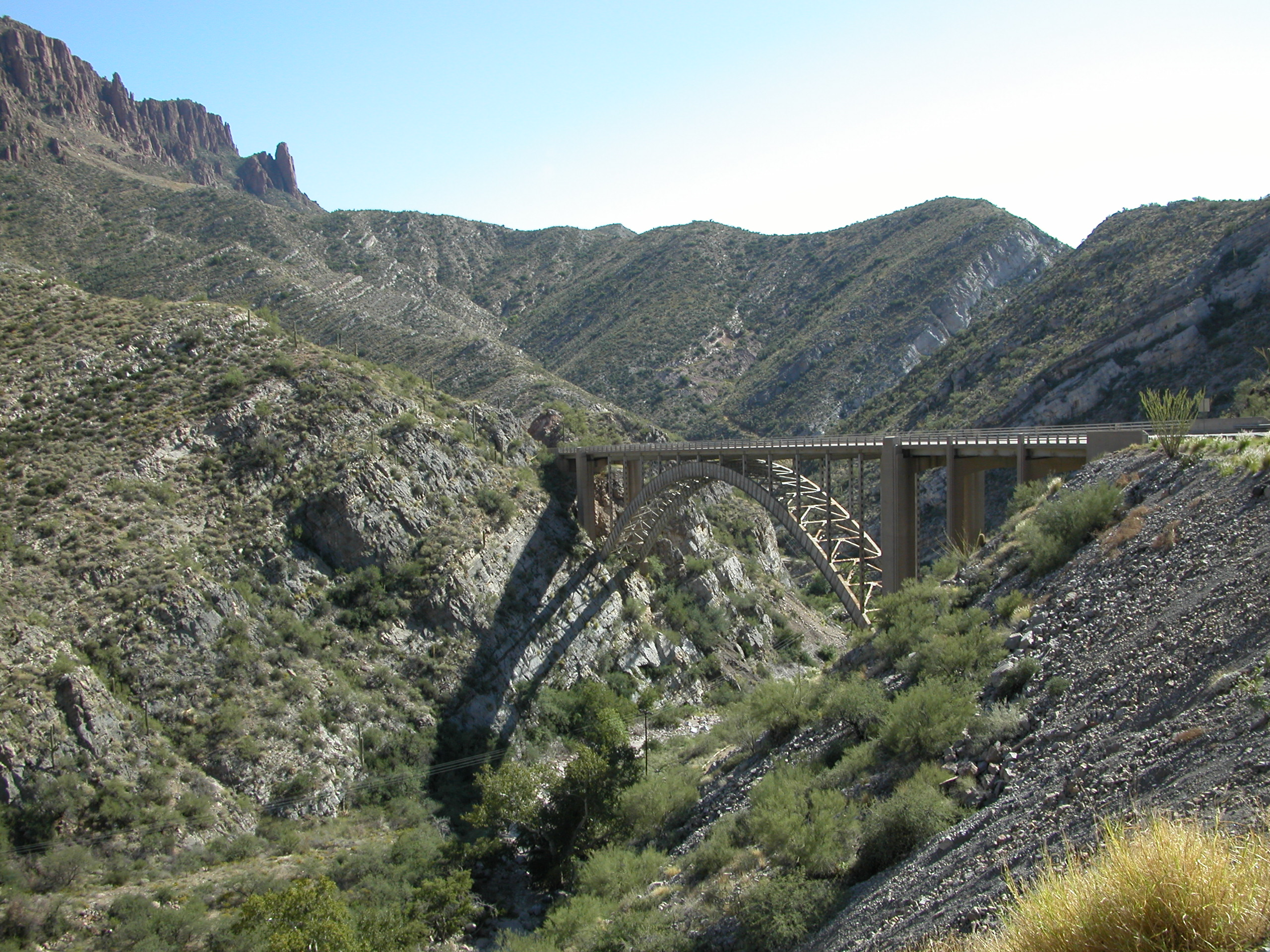 the devils highway In the book, the devil's highway, luis alberto urrea describes the impact the desert has on undocumented entrants the devil's highway is a vast desert.