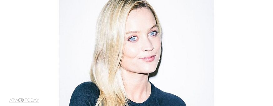 Laura Whitmore lands Radio 5 live slot   ATV Today Laura Whitmore has joined the BBC Radio team  with a live one hour Sunday  morning slot on BBC Radio 5 live  marking the first time she has presented  her own
