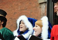 candy-cane-carolers-2