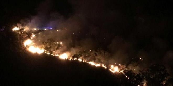 珀斯Upper Swan山火失控