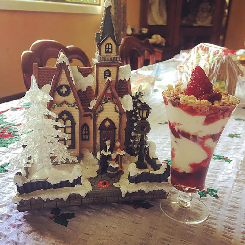 gingerbread house parfait