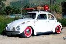 fusca-branco-hood-ride-rebaixado-rodas-vermelhas-surf-surfista