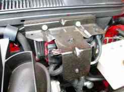 Presa à parede de fogo e protegida por placa de aço, a ECM do motor