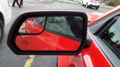Espelho tem adicional para ponto cego