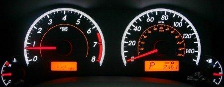 2009 Toyota Corolla XLE gauges