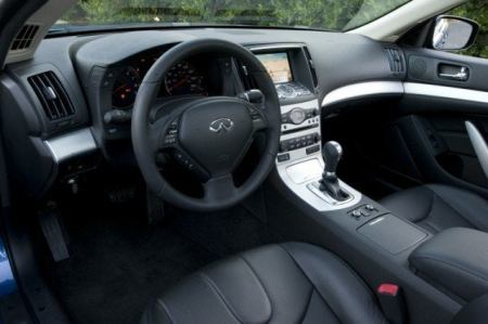 2009 Infiniti G37x Coupe interior