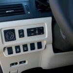 2010 Lexus HS 250h (4)