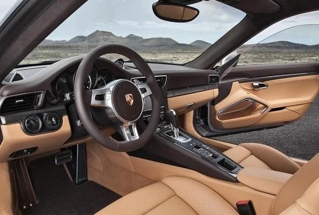 124293_Porsche 911 Turbo S Interior _1_