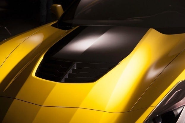 2015 Chevrolet Corvette Z06 hood