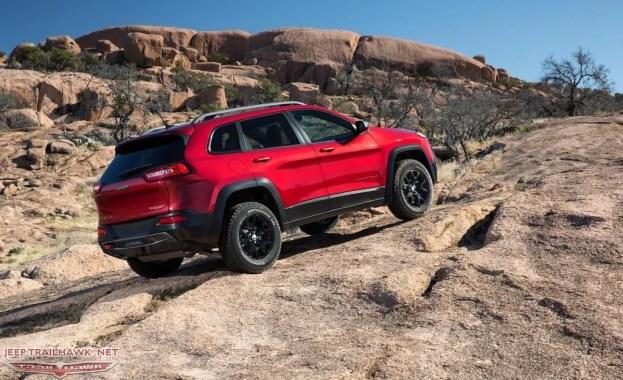 2014 Jeep Cherokee Trailhawk rear