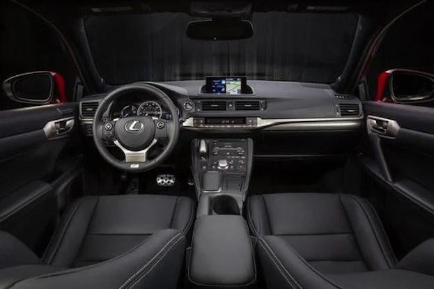 2014 Lexus CT200 cabin