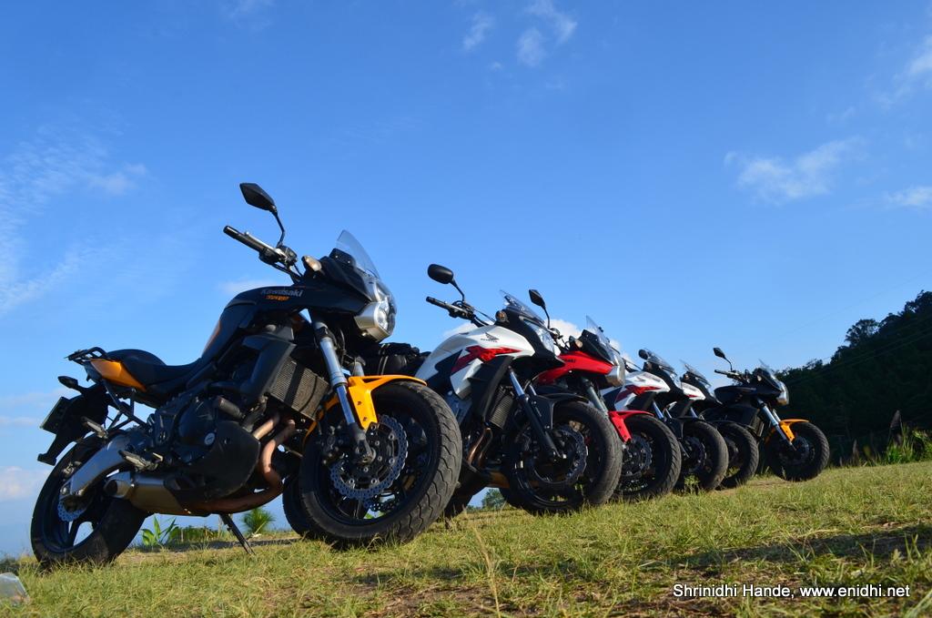 Quick Review: Kawasaki Versys vs Honda CB500X