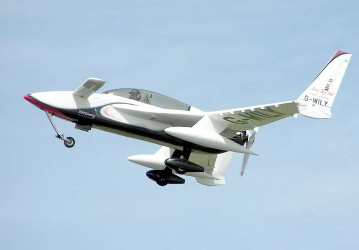 The Canard, Pusher-prop Long EZ is a popular homebuilt experimental aircraft.