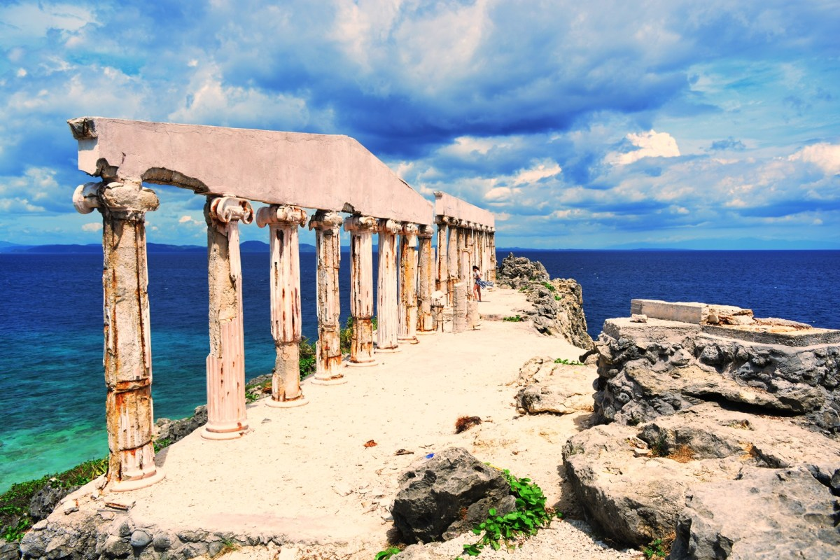 FORTUNE ISLAND: A Taste Of Both Greek Elegance And Filipino Tropical Paradise In One Historical Island