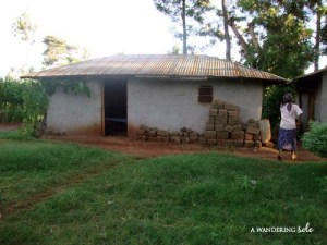 typical kenyan village house