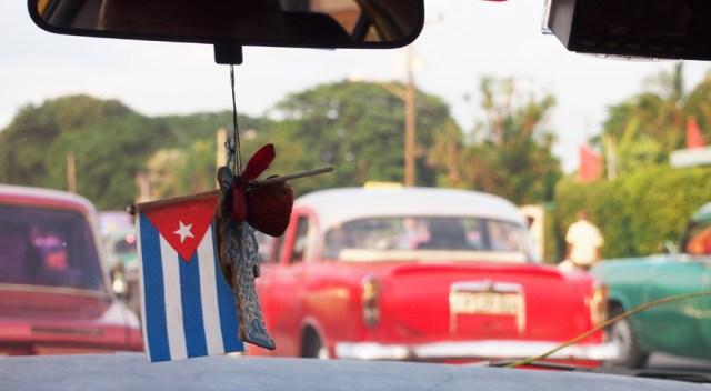 Havana Cars, Cuba Flag