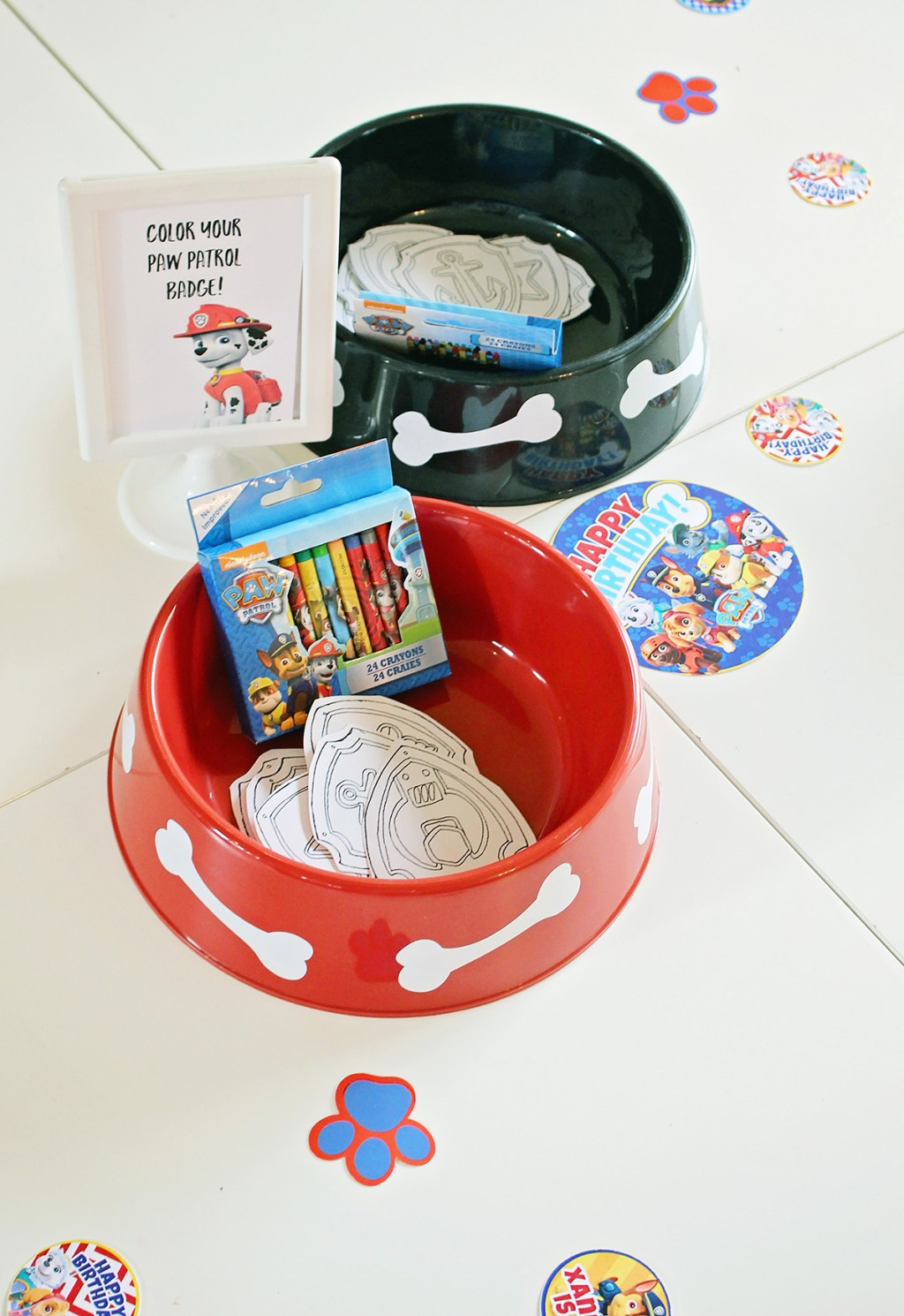 Paw Patrol Party make your own badge station.