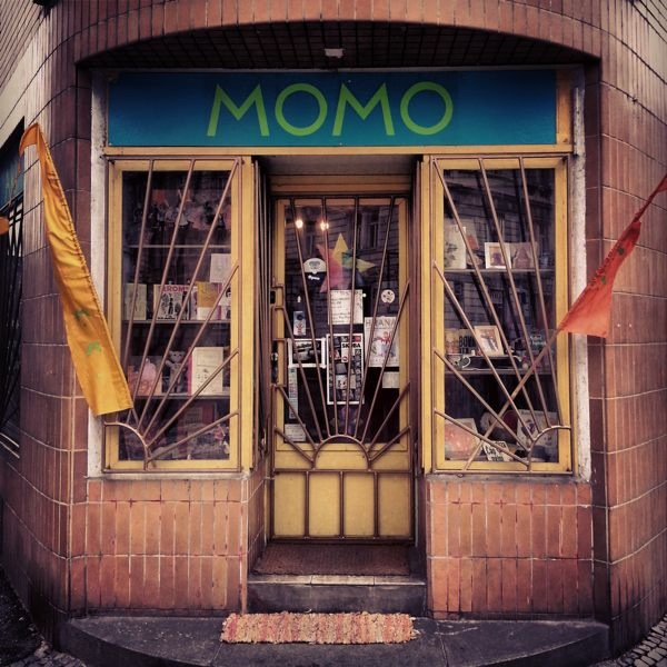 MOMO - the best Arts and Crafts shop in Prague