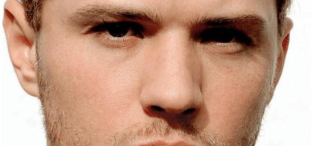 Ryan Phillippe faceman