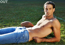 Chris Kluwe naked and shirtless