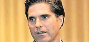 Tagg Romney threatens President Obama
