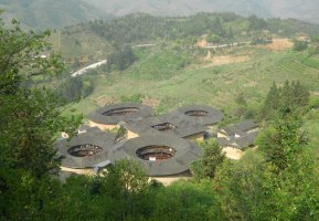 Backpacking in Fujian Province: The Tian Luo Keng Cluster Tulou