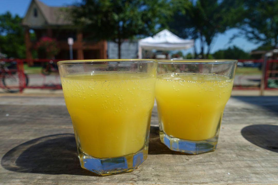 pump-bar-mimosas