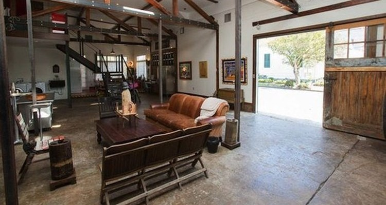 The Ultimate Bachelor Pad Build From A Gas Station 16