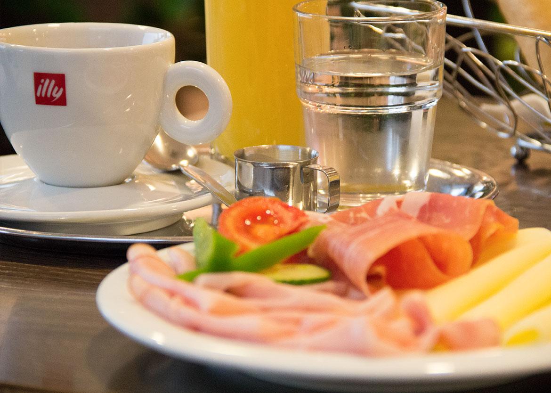 cafe_baeckerei_putz_sinabelkirchen_fruehstueck1
