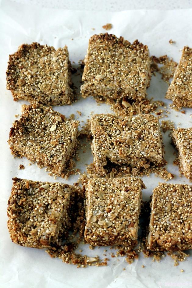 Quinoa Coconut Bars // Bakeaholic.ca
